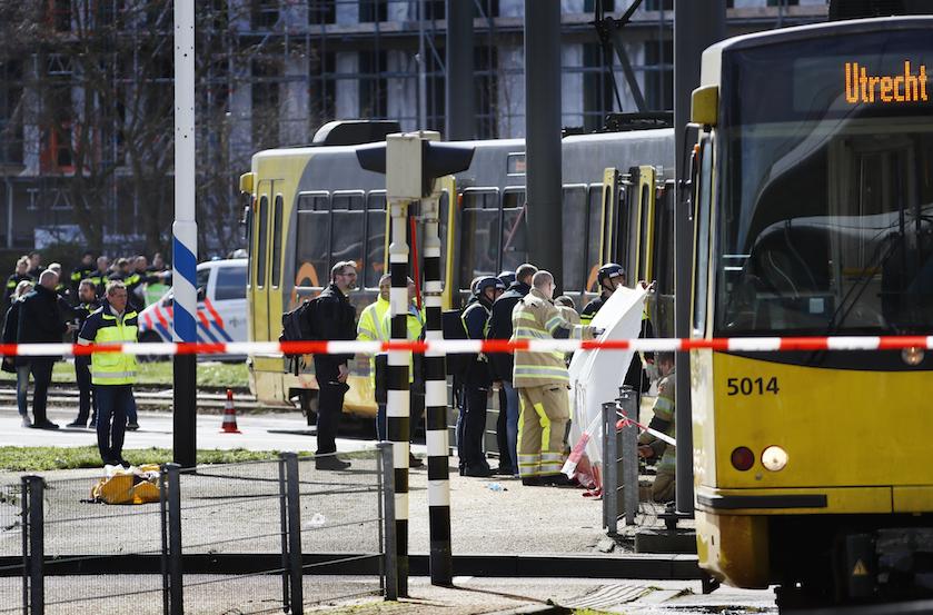Chaos en paniek: '3 doden en 5 (zwaar)gewonden' bij schietpartij in Utrecht, BN'ers leven mee