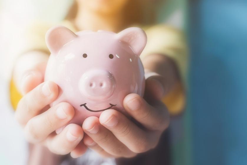 Huishoudboekje van Celine (22): 'Gemiddeld sparen we 500 euro per maand'