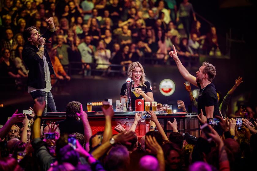 Nu al een feestje: dit zijn de eerste namen van 'Vrienden van Amstel LIVE'
