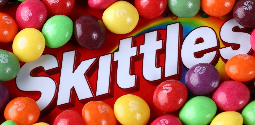 Aha: hierdoor zitten er meer gele Skittles in een zakje