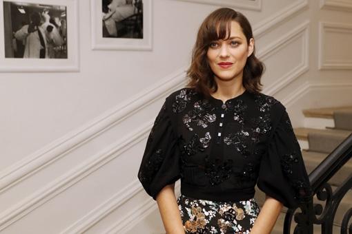 Marion Cotillard reageert op geruchten dat ze zwanger is van Brad Pitt