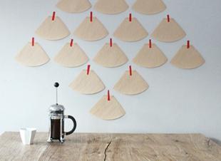 Maak een kerstboom van koffiefilters