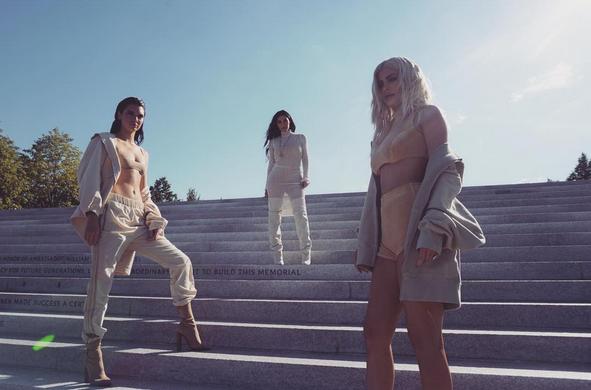 Wow: de fashionshow van Kanye West ligt onder vuur!