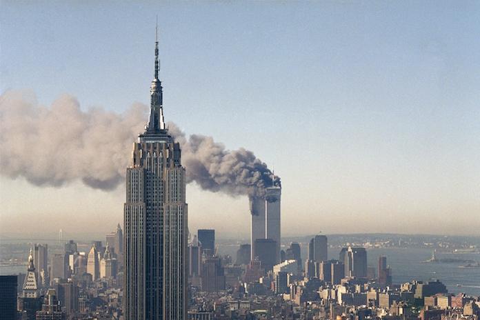 Voormalig CBS-cameraman deelt nieuwe, gerestaureerde beelden 9/11