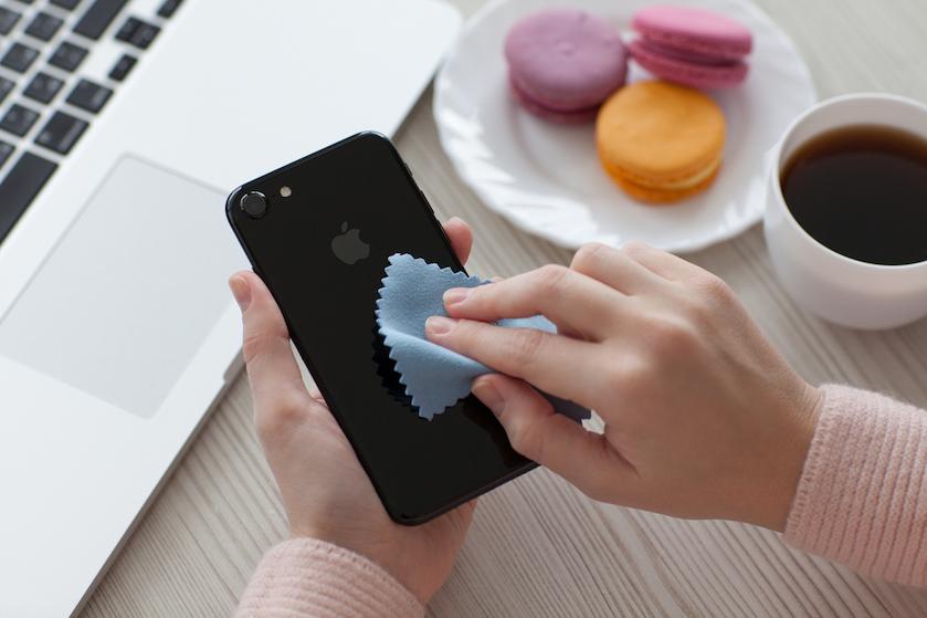 Maak 'm onaantrekkelijk voor virussen: zo ontsmet je je smartphone