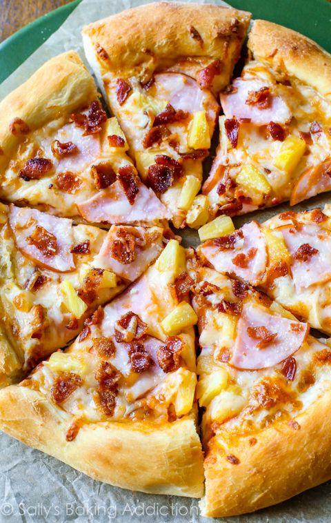 """President IJsland: """"Ananas op pizza zou verboden moeten worden"""""""